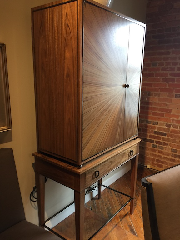 Henredon Ellington Bar Cabinet